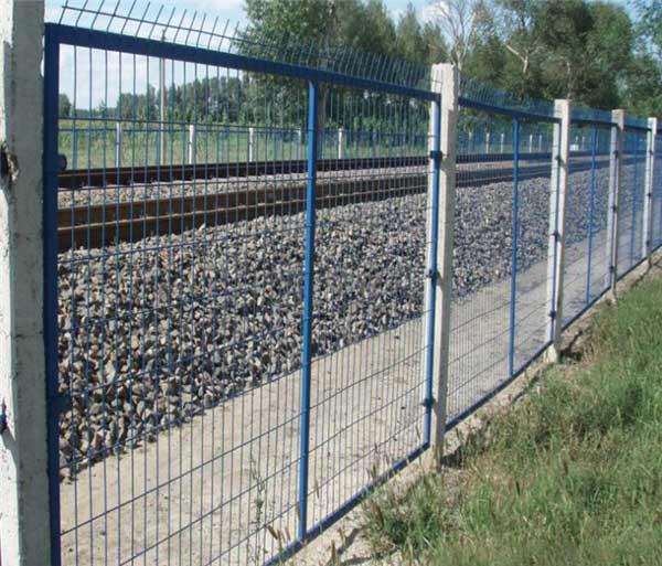焊接网隔离栅